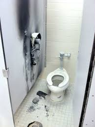 Bathroom Stall Prank Youtube by We Don U0027t Play U0027 Says Mfrd Official After 8th Grader Charged With