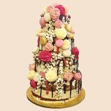 Vintage Macaron Roses Wedding Cake