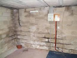 humidité mur intérieur chambre humidite mur axe assachement traitement des murs anti humiditac