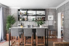 cocktailbar im wohnzimmer mit hohem bild kaufen