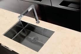 plan travail cuisine quartz plan de travail quartz compac pour votre cuisine et salle de bain
