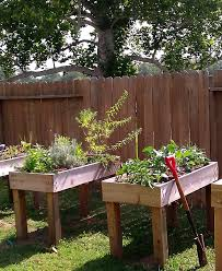 Does Tending To Your Plants Make It Hard For Back This Waist High Planter Pallet Garden BoxDiy