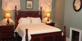 Dresser Palmer House Hotel by Queen Room Rooms