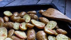 cuisiner des pommes de terre nouvelles pommes de terre primeurs au four