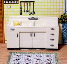 Vintage Youngstown Kitchen Sink by 140 Best Dollhouse Kitchens Images On Pinterest Dollhouses