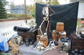 Scary Halloween Props To Make by Pirate Halloween Decorations Diy Scary Halloween Decorations Your