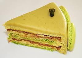 cake a la pate de pistache la cuisine de bernard gâteau macaron pistache