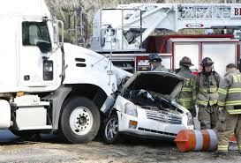 15 Frightening 18-Wheeler Accident Statistics | Cars | Pinterest ...