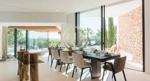 moderne neubau luxus villa mit blick auf das meer und dalt