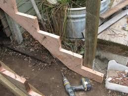 how to build some simple and cheap wooden steps