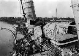 Rms Olympic Sinking U Boat by Amazing Photos Of World War I At Sea Gold Is Money The Premier