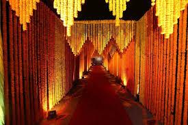 3 Unique Marigold Flower Wedding Decorations Ideas 2