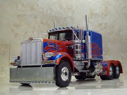 100 Optimus Prime Truck Model German Revell 125 Scale Kenworth W900 Modefied To Style Of