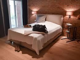 schlafzimmer einrichten so schaffen sie mit licht farbe