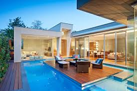 100 Glass Walled Houses Modern With Pool Modern Houses