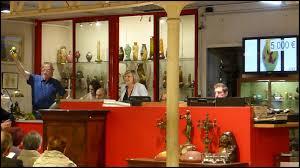 salle de vente aux encheres samedi 10 octobre de 14h à 19h une très vente aux enchères