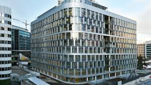 les de bureaux un immeuble de bureaux si high tech qu on peut même ouvrir les