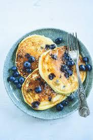 heidelbeer protein pancakes mit topfen