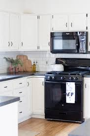 Black And White Farmhouse Kitchen Makeover