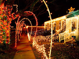 Diy Halloween Pathway Lights by Buyers Guide For The Best Outdoor Christmas Lighting Diy
