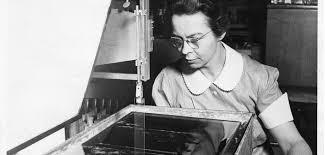 Katharine Burr Blodgett Inventou Um Vidro Extremamente Fino E Com Baixissimos Niveis De Reflexo Distorcao