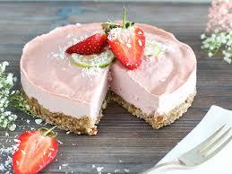 erdbeer creme torte ohne backen eat smarter