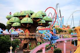 portaventura le parc d attractions sous le soleil de l espagne