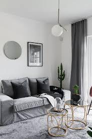 filigrane goldene tische vorm sofa im bild kaufen