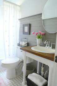 Wainscoting Bathroom Ideas Pictures by 21 Stunning Craftsman Bathroom Design Ideas Pedestal Sink
