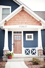 100 Cedar Sided Houses Love The Navy Blue And Cedar Shake Combo I Live There In 2019