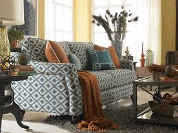 Vintage Style Living Room with Apartment Size Sofa Tender and
