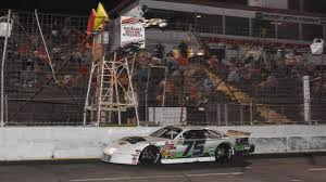 Landon Huffman Races To The Checkered Flag At Hickory Motor Speedway Sherri Stearns Photography For