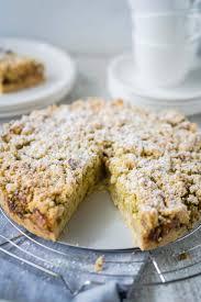 apfelkuchen mit pistazien und pekannussstreusel