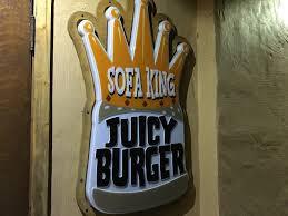 sofa king juicy burger chattanooga tn marie let s eat