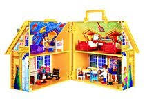 maison du pere noel playmobil maison de famille transportable de playmobil momes net