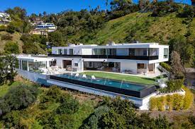 104 Beverly Hills Houses For Sale New Build In With Outdoor Space And Impressive Views To List 18 72 Million Mansion Global