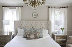 Modern Bedroom Interior Decoration Design Ideas 2017 Quilted Headboard And Luxurious Crystal Chandelier