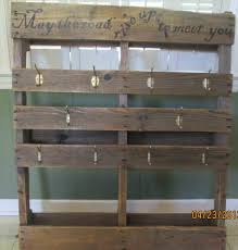 Tastes Patterns Hub Diy Success Home Dma Homes Pallet Ideas Shoe Rack