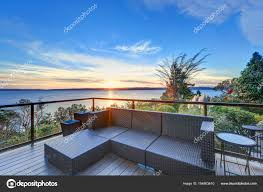 100 Panorama House Modern Two Story Panorama House With Puget Sound View