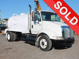 100 Tank Truck TANKER TRUCKS FOR SALE