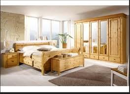 porta schlafzimmer ein bett aus holz groß