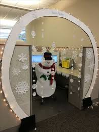 Cute Ways To Decorate Cubicle by My Cubicle Decorated For Christmas Gonna Have To Do Something