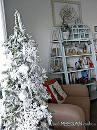 Balsam Hill Christmas Trees Complaints Uk by Decorating Awesome Balsam Hill Trees With Beige Curtain