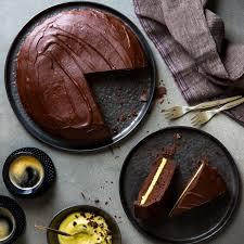 schokoladenkuchen mit vanillecreme