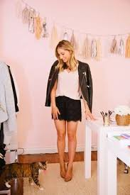 Emily Schuman Of Cupcakes And Cashmere Tours Her Home Its Just So Pretty