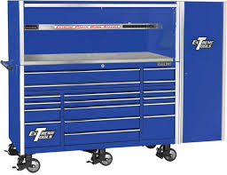 extreme tools 72 17 drawer professional roller cabinet with hutch