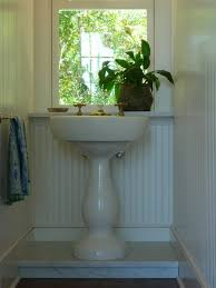 18 Inch Pedestal Sink by Modern Pedestal Sink Pedestal Sink With Oval Mirror Placed In The