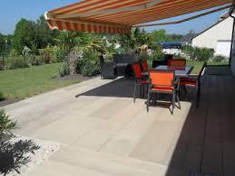 terrasse en béton imitation bois 2 exterieurs