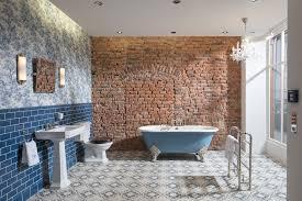 das badezimmer bristol im nostalgischen stil lässt die