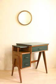 le bureau vintage le bureau singer meubles vintage bureaus buffet